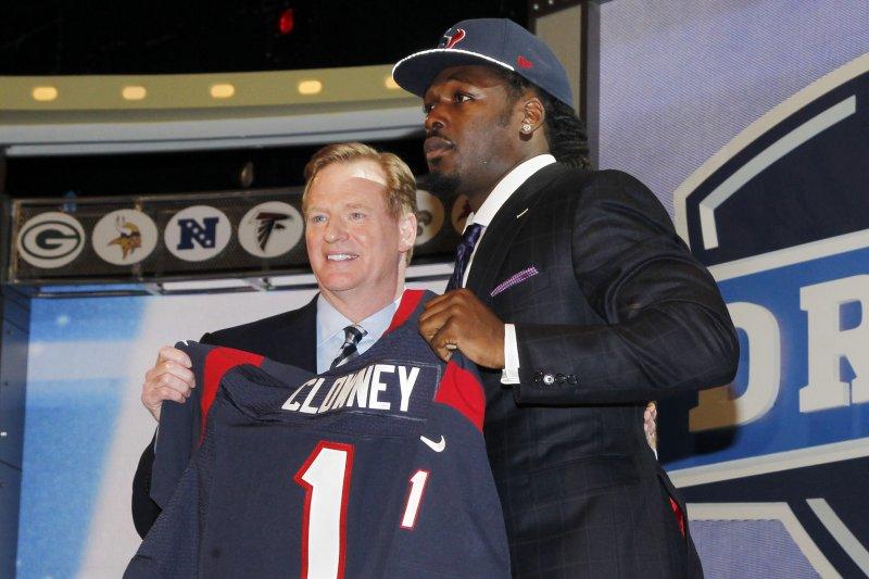 Texans pick South Carolina's Clowney at No. 1