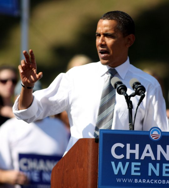 Democratic presidential candidate Sen. Barack Obama (D-Ill) speaks during a campaign stop in Asheville, North Carolina on October 5, 2008. (UPI Photo/Nell Redmond)