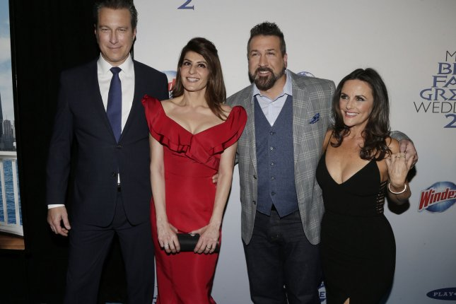 John Corbett Nia Vardalos And Joey Fatone Arrive On The Red Carpet At My Fat Greek Wedding 2 New York Premiere March 15 2016