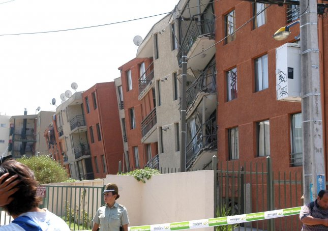 A damaged apartment building is seen in Santiago, Chile on February 28, 2010, after an 8.8 magnitude earthquake struck the country on February 27. The building had to be evacuated. UPI/Ivan Lepe