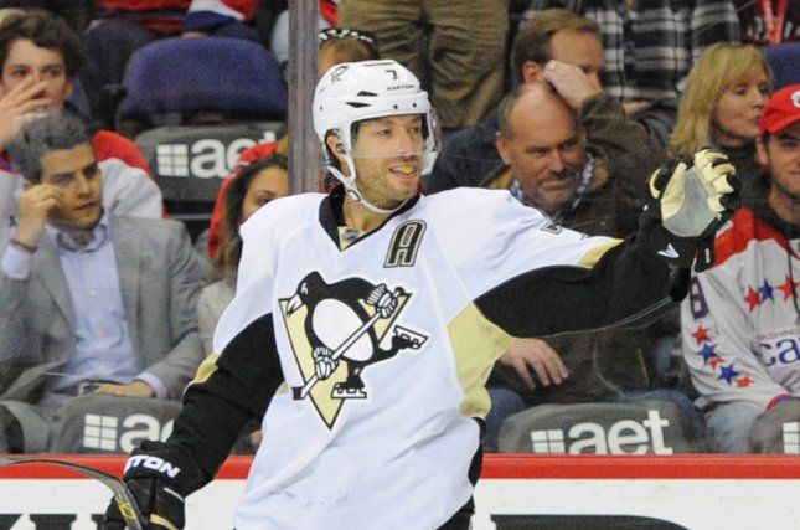 Pittsburgh Penguins center Matt Cullen (7). Photo by Mark Goldman/UPI