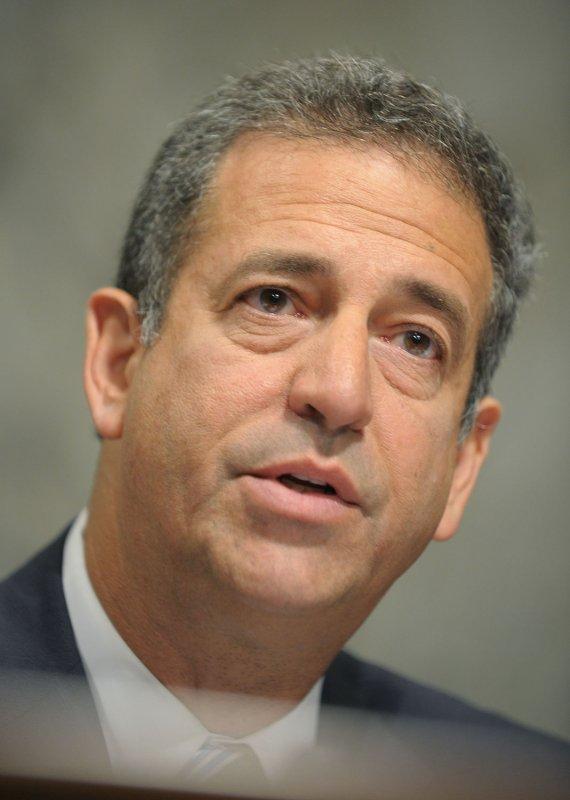Feingold calls for pressure on Cairo