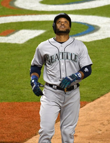 Robinson Cano and the Seattle Mariners helde on for a victory, Photo by Gary I Rothstein/UPI