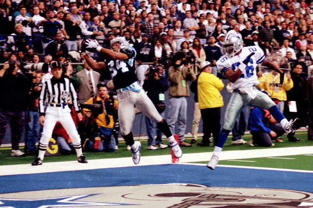 Former Carolina Panthers wide receiver Rae Carruth makes a catch to score a first-half touchdown against the Dallas Cowboys on December 8, 1997 in Dallas, Texas. File photo by Morris Abernathy/UPI