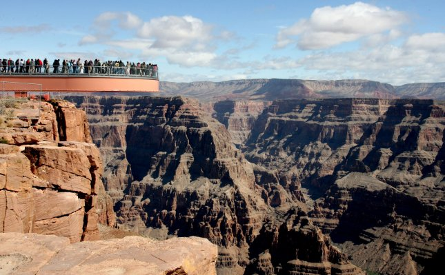 Elderly woman falls to her death at the Grand Canyon