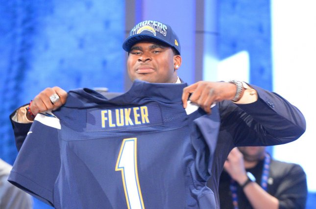 Seahawks agree to terms with ex-Giant DJ Fluker