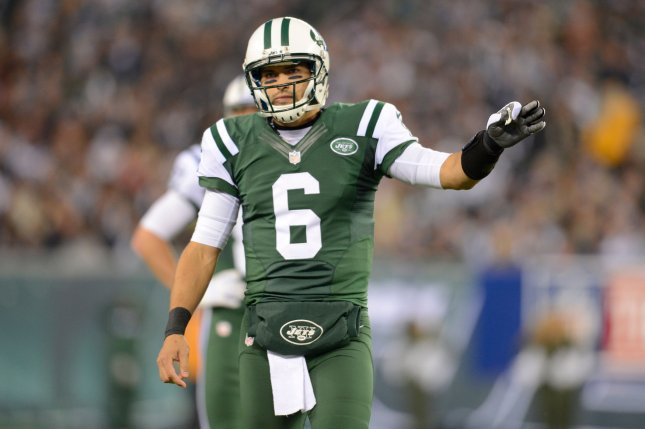 newest cfb9d 72398 Former Jets quarterback Mark Sanchez retiring from NFL, will ...