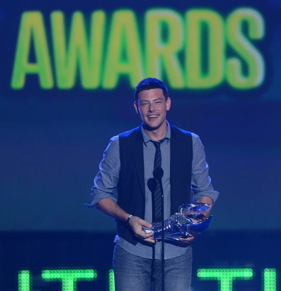 Actor Cory Monteith accepts his trophy after being selected the TV Star: Male winner during the Do Something Awards at Barker Hangar in Santa Monica, California on August 19, 2012. UPI/Jim Ruymen