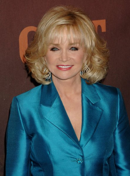 Singer Barbara Mandrell arrives for the taping of the Country Music Television special CMT Giants, a tribute to country music star Reba McEntire in Los Angeles on October 26, 2006. The tribute was taped before a live audience at the Kodak Theater in Hollywood and is scheduled to premiere on MTV Networks November 18. (UPI Photo/Jim Ruymen)