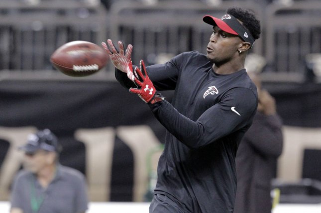 Atlanta Falcons wide receiver Julio Jones warms up before the Thursday night game with the New Orleans Saints at the Mercedes-Benz Superdome in New Orleans October 15, 2015. Photo by AJ Sisco/UPI