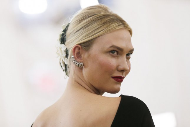 Karlie Kloss Giddily Flashes Huge Engagement Ring From Fiance Joshua Kushner