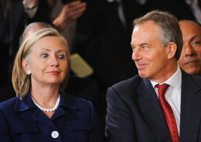 Secretary of State Hillary Clinton (L) and Quartet Representative Tony Blair arrive to listen to U.S. President Barack Obama, President Hosni Mubarak of Egypt, King Abdullah II of Jordan, Prime Minister Benjamin Netanyahu of Israel and Palestinian Authority President Mahmoud Abbas deliver remarks after a series of meetings at the White House in Washington on September 1, 2010. Tomorrow begins the first direct peace talks in two years between Israel and the Palestinian Authority scheduled to begin at the State Department in Washington, D.C. UPI/Alexis C. Glenn