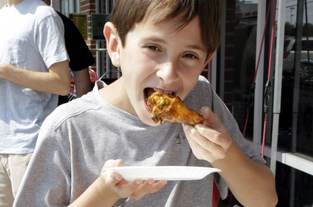 Study Finds Eating Chicken On The Bone Makes Children More