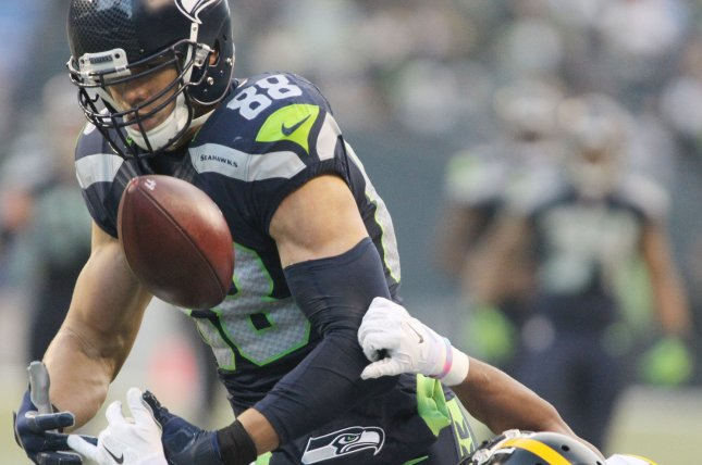 Seattle Seahawks tight end Jimmy Graham (88) catches a pass against Pittsburgh Steelers cornerback Ross Crockrell (31) at CenturyLink Field in Seattle, Washington on November 29, 2015. The Seahawks beat the Steelers 39-30. Photo by Jim Bryant/UPI