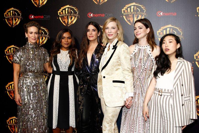 Sandra Bullock And Ocean S 8 Cast Attend Cinemacon Upi Com