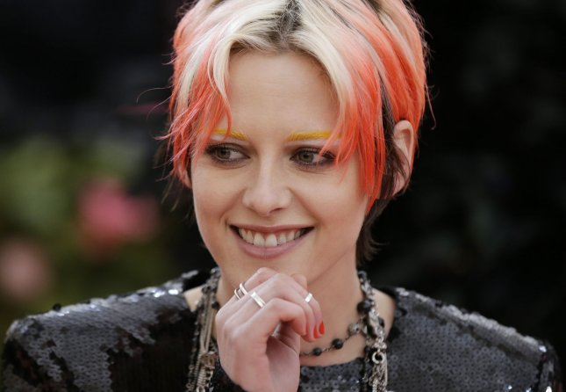 Rom-com with Kristen Stewart, Mackenzie Davis to open in U ...