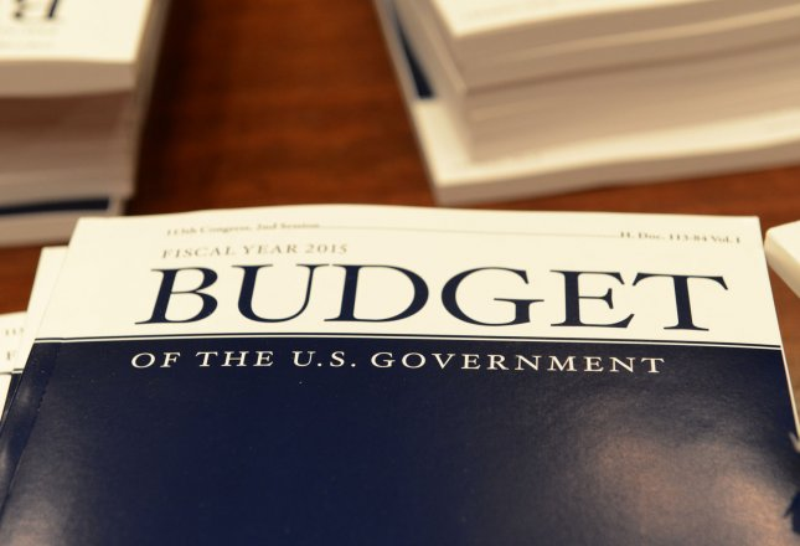 President Obama submits $3.9 trillion budget proposal