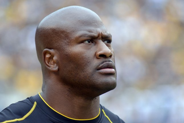 caaa3c68dea Pittsburgh Steelers outside linebacker James Harrison (92) watches from the  sidelines during the fourth quarter of the Jacksonville Jaguars 30-9 win at  ...