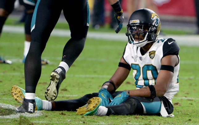 Jacksonville Jaguars defensive back Jalen Ramsey sits on the field after the Arizona Cardinals kicked a game-winning field goal in the fourth quarter at University of Phoenix Stadium in Glendale, Arizona November 26, 2017. Photo by Art Foxall/UPI