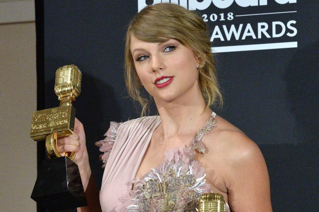 Recording artist Taylor Swift appears backstage after winning the award for Top Female Artist during the 2018 Billboard Music Awards on Sunday in Las Vegas. Photo by Jim Ruymen/UPI