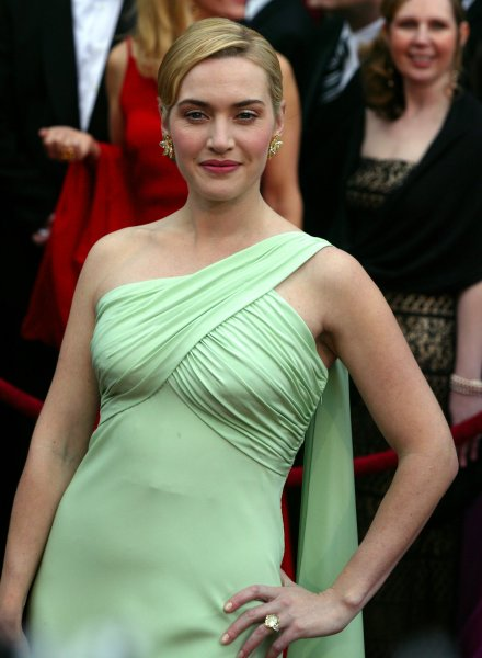 British actress Kate Winslet arrives for the 79th Annual Academy Awards on February 25, 2007. (UPI Photo/Terry Schmitt)