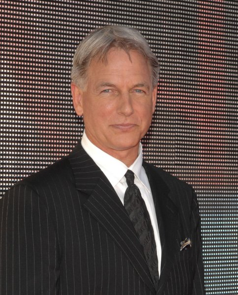 NCIS actor Mark Harmon has been voted America's Favorite TV Star for a second consecutive year by participants of a recent Harris Poll.