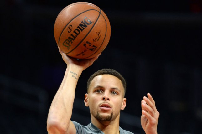 ee3806a5d646 Golden State Warriors Stephen Curry warms up to play the Los Angeles  Clippers on November 19