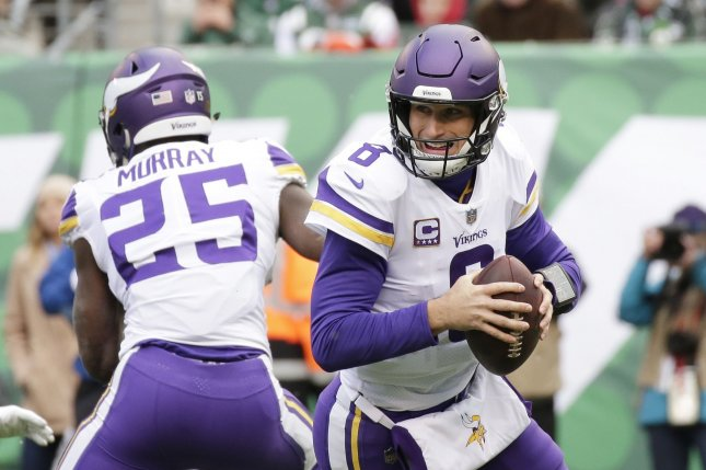 buy popular f8260 a85d7 Vikings QB Kirk Cousins silences critics, flusters Packers ...