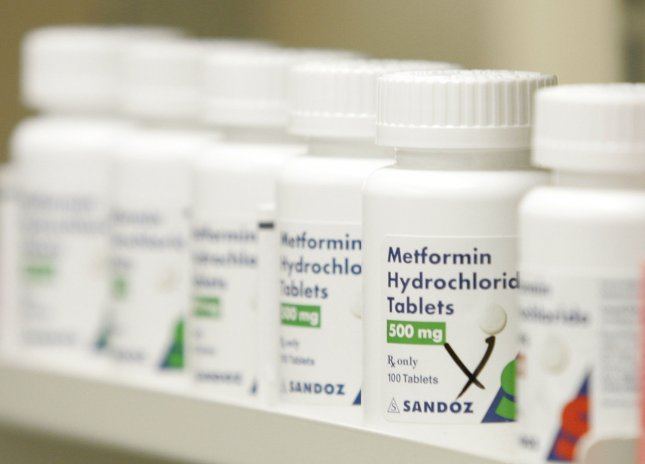 Metformin tablets, which are included in Wal-Mart's $4 prescription plan, sit on the shelf at a Wal-Mart store in Chicago on October 19, 2006. Wal-Mart's $4 generic prescription program, which was launched in Florida and includes 314 generic prescription drugs, was expanded to an additional 14 states on Thursday. (UPI Photo/Brian Kersey)