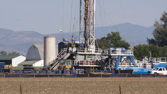 France reconsiders anti-fracking law