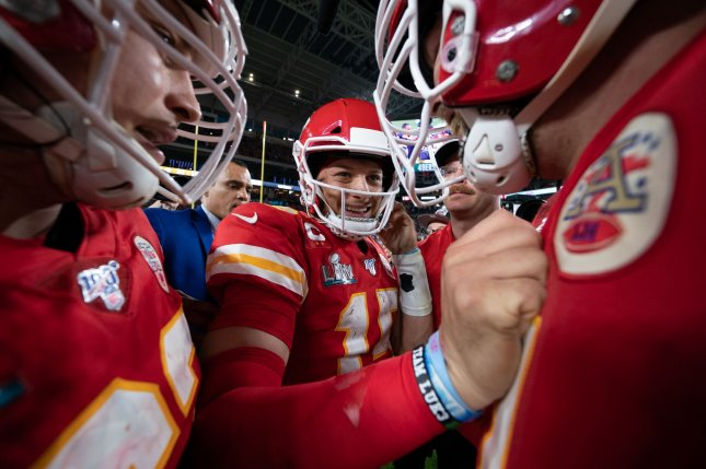 Chiefs' Patrick Mahomes on contract: 'That's stuff handled with other people'