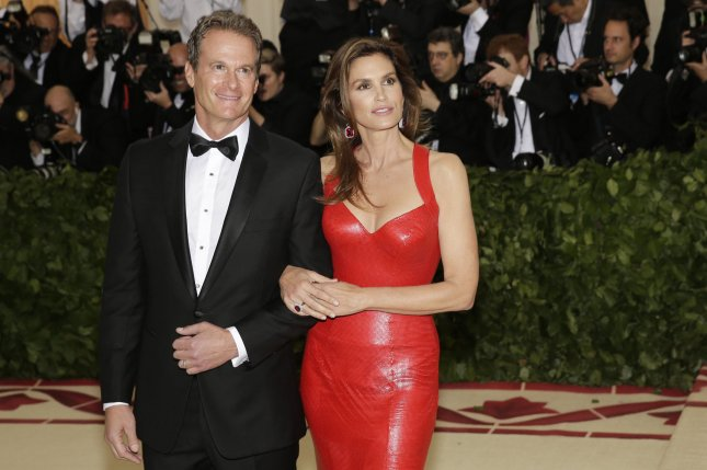 Cindy Crawford (R) and Rande Gerber celebrated with friends on their 20-year anniversary. File Photo by John Angelillo/UPI