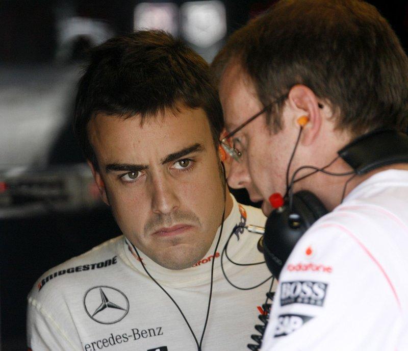 Fernando Alonso (UPI Photo/Tom Russo)