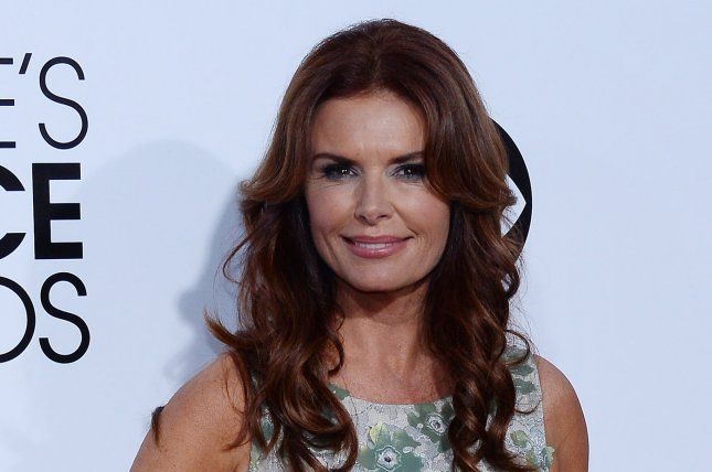 Actress Roma Downey attends The 40th annual People's Choice Awards at Nokia Theatre in Los Angeles on Jan. 8, 2014. Photo by Jim Ruymen/UPI
