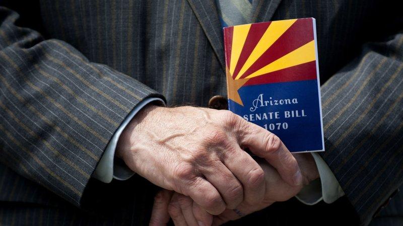 High court hears Arizona immigration case