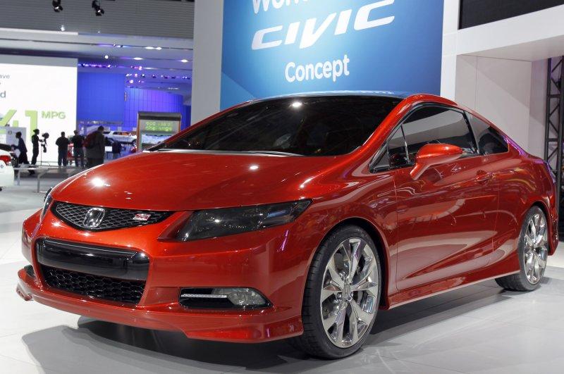 Auto Outlook Honda Civic Freshened EPA Keeps Corn Ethanol Mandate - Honda center car show