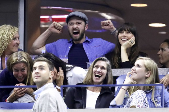 Jessica Biel (top right), pictured with Justin Timberlake, hitched a ride from the singer to a Golden Globes after-party. File Photo by John Angelillo/UPI