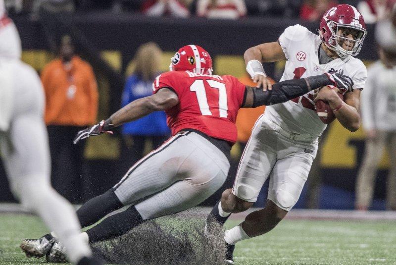 Alabama QB Tua Tagovailoa exits with injury