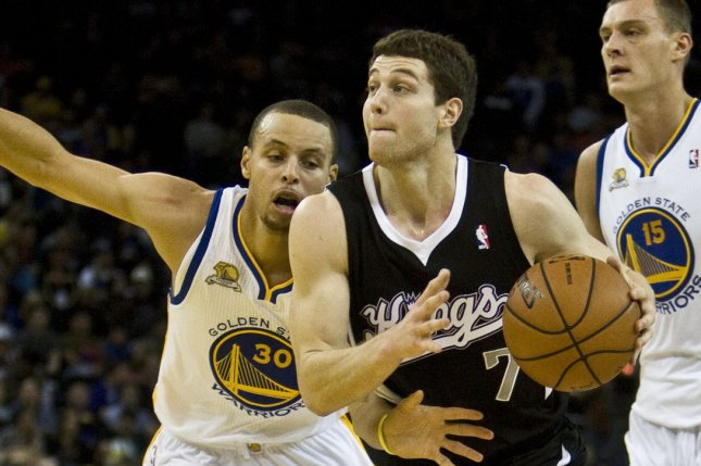 brand new 5bc3d 568fe Jimmer Fredette leaves Golden State Warriors; could play ...