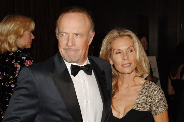 Actor James Caan (L) and his wife Linda are splitting after 19 years of marriage. (UPI Photo/Jim Ruymen)