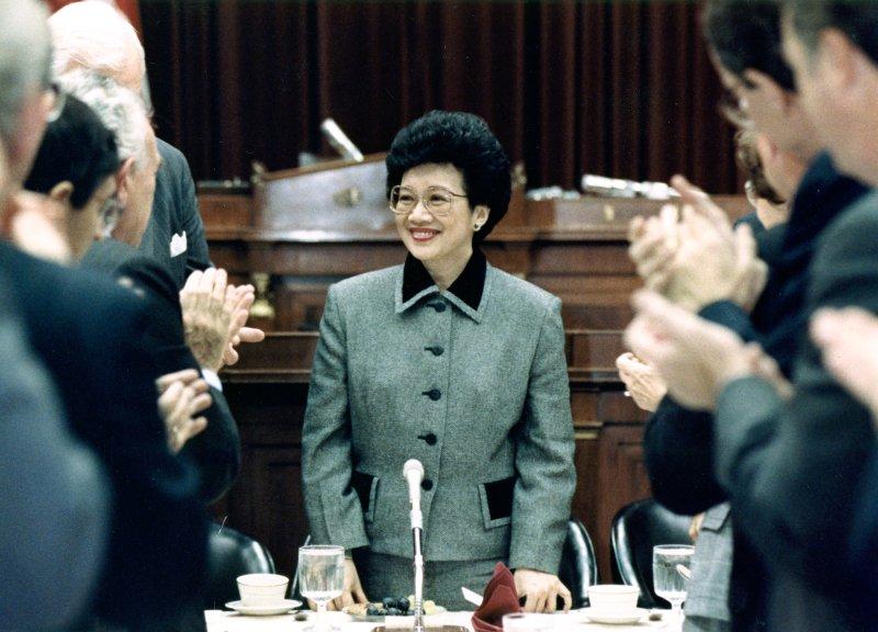 WASHINGTON: Philippine President Corazon Aquino on Capitol Hill on November 9. 1989. (UPI Photo/Cliff Owen/Files)