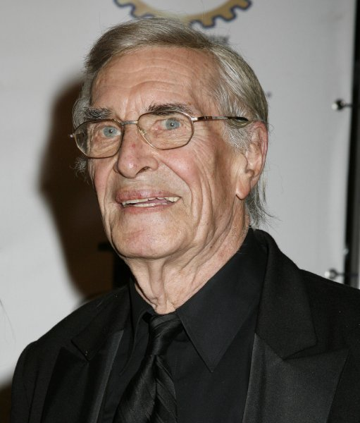Martin Landau arrives on the red carpet at the 18th annual Night of 100 Stars Oscar viewing party at the Beverly Hills Hotel in Beverly Hills, California on February 24, 2008. (UPI Photo/David Silpa)