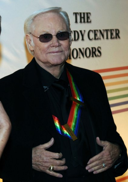 Honoree George Jones arrives at the Kennedy Center Honors in Washington on December 7, 2008. (UPI Photo/Alexis C. Glenn)