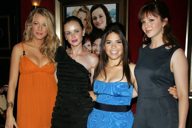 Blake Lively, Alexis Bledel, America Ferrera and Amber Tamblyn (L-R) attend the New York premiere of The Sisterhood of the Traveling Pants 2 on July 28, 2008. Ferrera spent time with Tamblyn and her daughter on Sunday. File Photo by Laura Cavanaugh/UPI