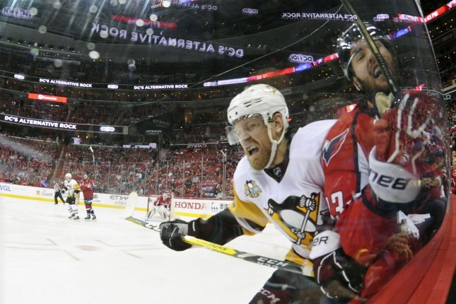 Penguins score three quick goals to start third in Game 2 win