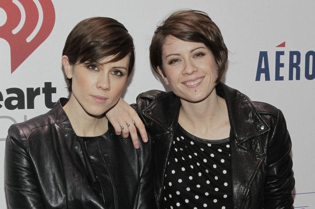 Tegan And Sara Spoof Themselves For Funny Or Die Upi