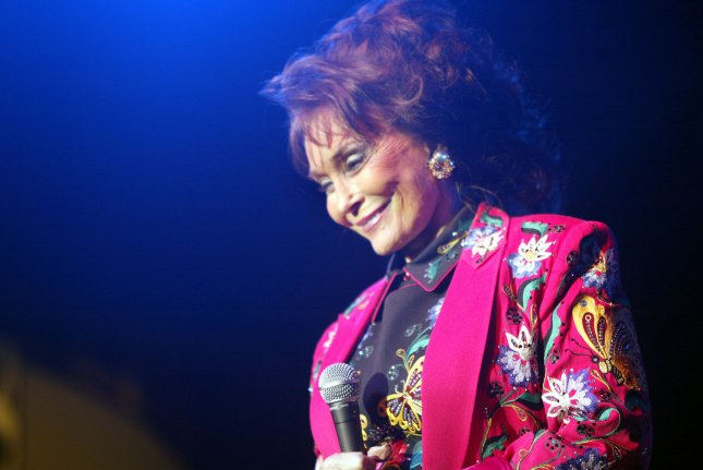 Loretta Lynn headlines the opening night of Merlefest, a four-day Americana music festival, at Wilkes Community College in Wilkesboro, N.C. 2005. This is the 18th anniversary of the festival, which draws top bluegrass, country and American roots musicians. (UPI Photo/Nell Redmond)