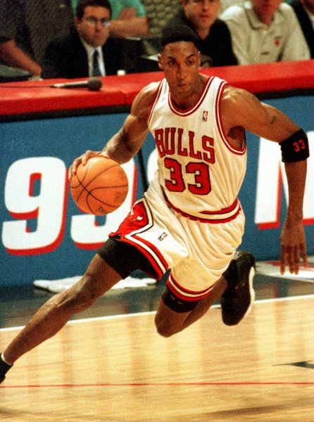 buy online f5bd0 fcac9 Scottie Pippen says the  95- 96 Chicago Bulls were the best NBA team ever,  especially after the Warriors blew it against the Cleveland Cavaliers this  year.