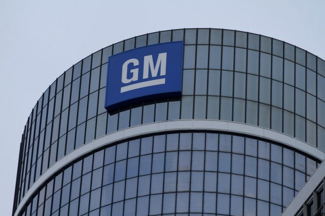 Union members review UAW-GM tentative agreement