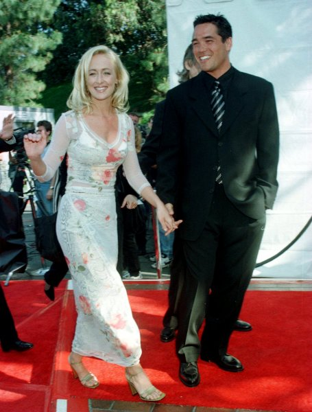 LAP98042307 - 23 APRIL 1998 - LOS ANGELES, CALIFORNIA , USA: Singer Mindy McCready arrives April 22 with actor Dean Caine the 33rd annual Academy of Country Music Awards telecast live from the Universal Amphitheatre on CBS. UPI jr/Jim Ruymen...